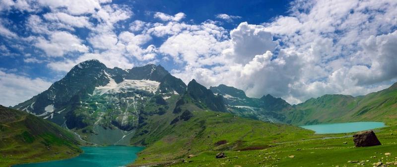 Twin-Lakes-Kashmir-Great-Lakes-Trek-1