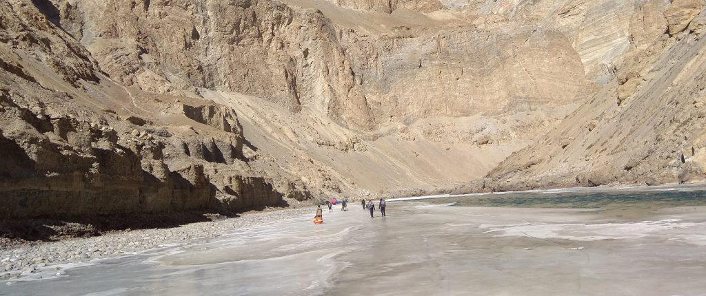 chadar-frozen-river-trek-banner0