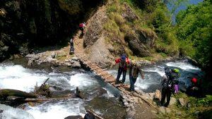 Sar Pass Trek stream crossing